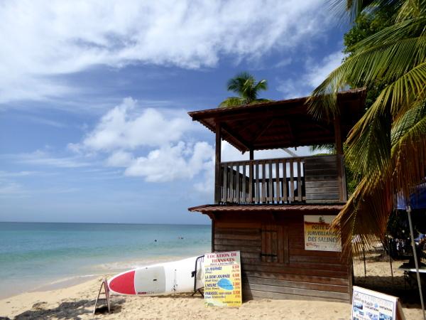 huette-plage-les-salines- strände strand-martinique-freibeuter-reisen