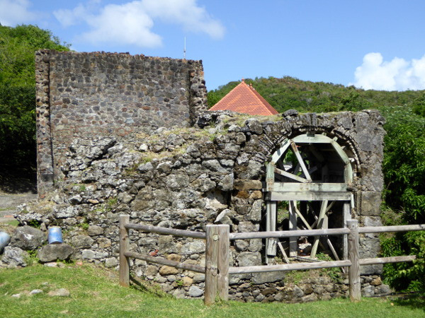 ruinen-habitation-dubuc- Presqu'île de la Caravelle martinique-freibeuter-reisen