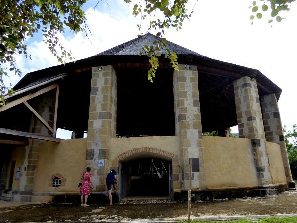 moulin-zuckerrohr-habitation-martinique-freibeuter-reisen