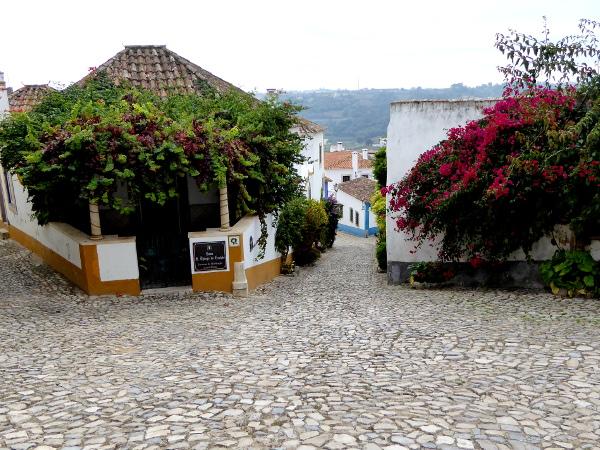 obidos-portugal-freibeuter-reisen-haeuser