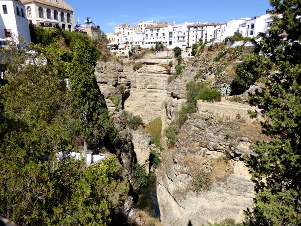 ronda-andalusien-abgrund-freibeuter-reisen