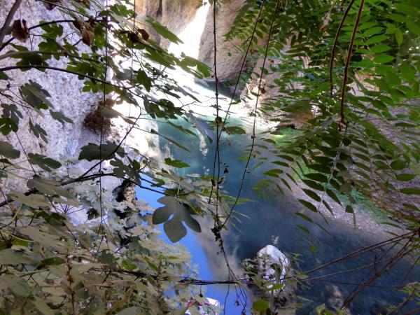 ronda-blick-auf-den-see-im-abgrund-andalusien-freibeuter-reisen
