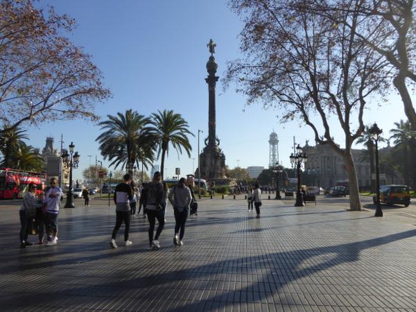kolumbussaeule-barcelona-rambla-hafen-freibeuter-reisen