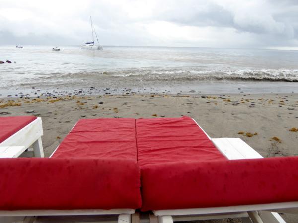 le-petitbonum-rum-verkostung-am-strand-freibeuter-reisen