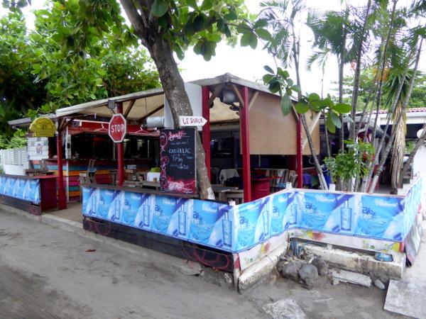 martinique-le-petitbonum-bar-restaurant-freibeuter-reisen