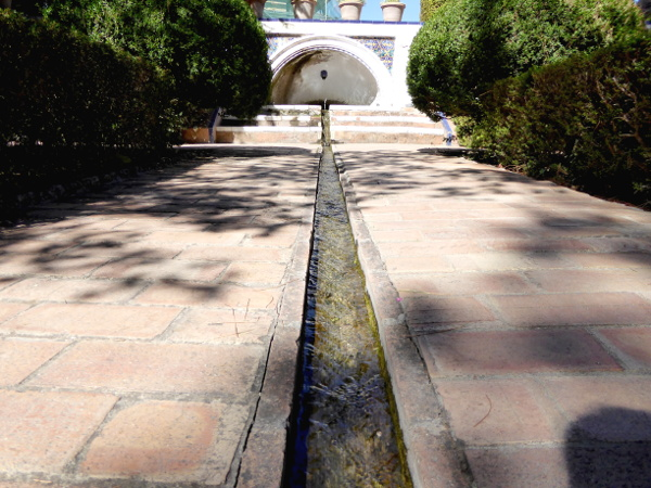 ronda-wasserlauf-palacio-rey-moro-freibeuter-reisen