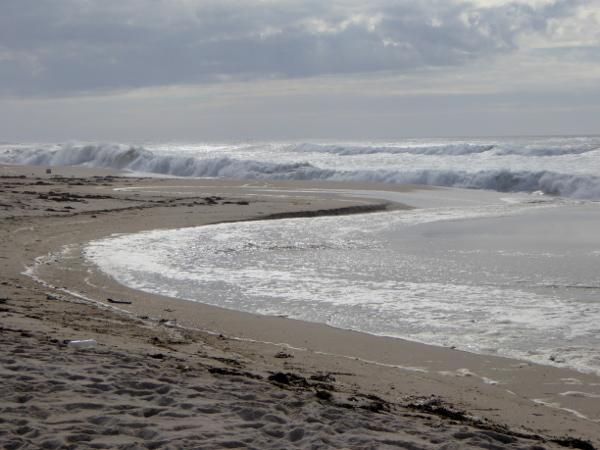 strand-brandung-praia-da-tocha-weg-duenen-freibeuter-reisen