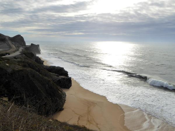 strand-klippen-weg-nach-figueira-da-foz-freibeuter-reisen