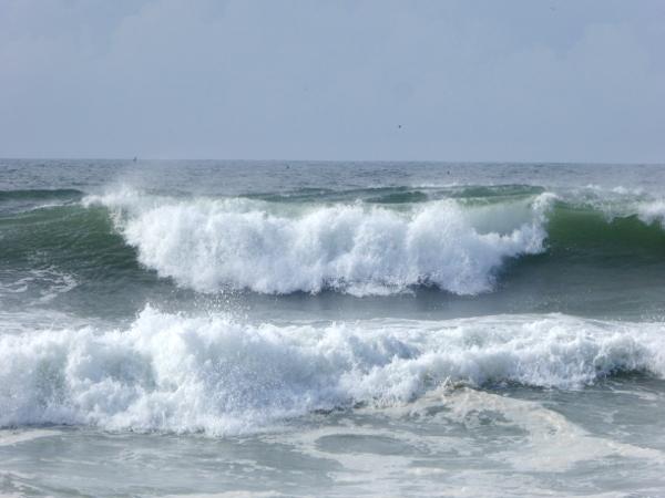 wellen-strand-praia-da-tocha-weg-duenen-freibeuter-reisen
