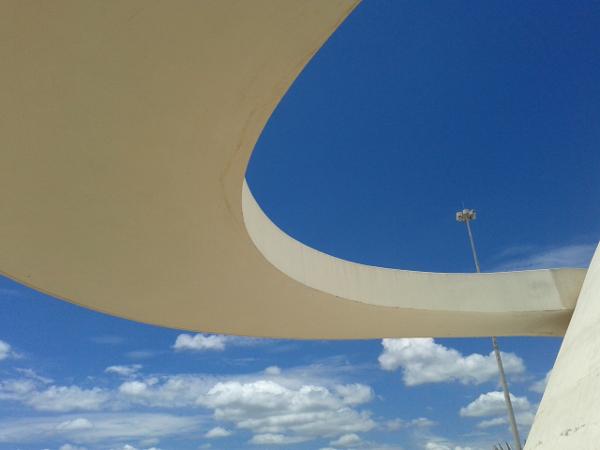 Architektur Brasilia Museo Nacional freibeuter reisen Brasilien.