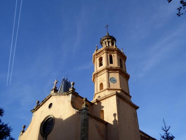 arenys-de-mar-freibeuter-reisen-kirche