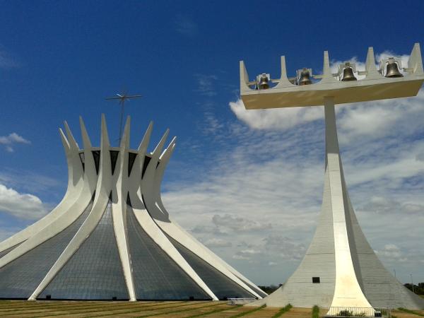 Kathedrale Brasilia Glockenturm freibeuter reisen Brasilien