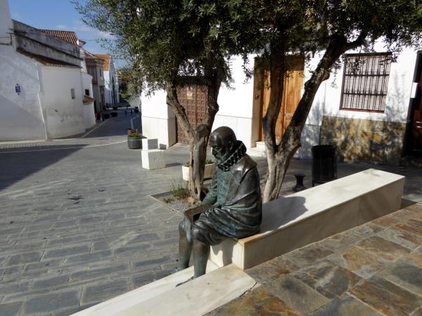 Vélez-Málaga -freibeuter-reisen-miguel-de-cervantes-vor-dem-ayuntamento