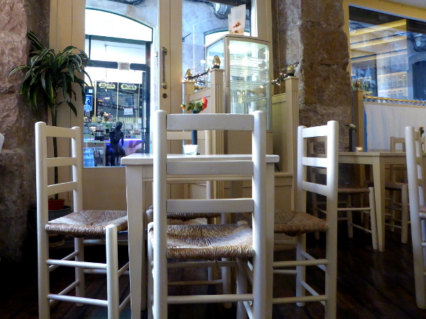 cafes in barcelona freibeuter reisen caelum barri gotic