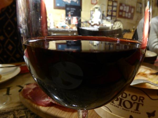 rotwein zu kaese freibeuter reisen bordeaux