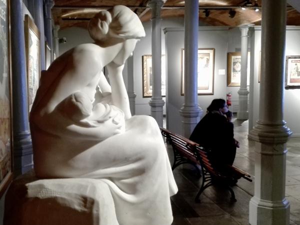 museu del modernisme skulptur