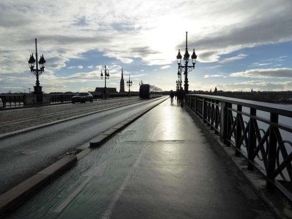 pont de pierre bordeaux freibeuter reisen