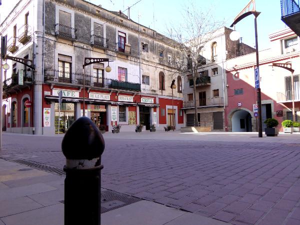 La Jonquera dorfplatz im Winter Freibeuter reisen