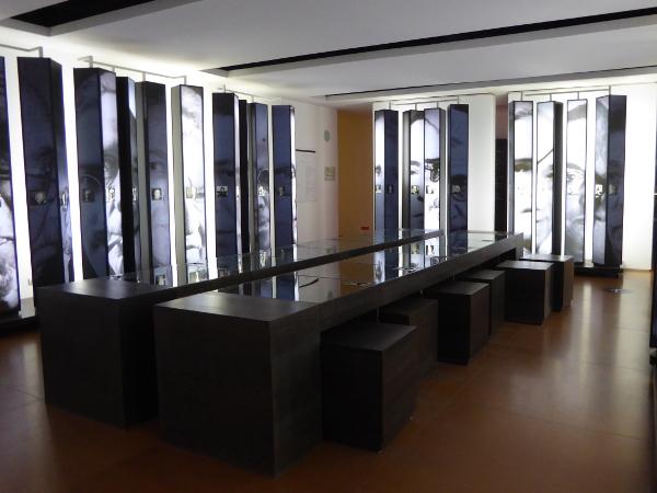 museu de l exili saal freibeuter reisen