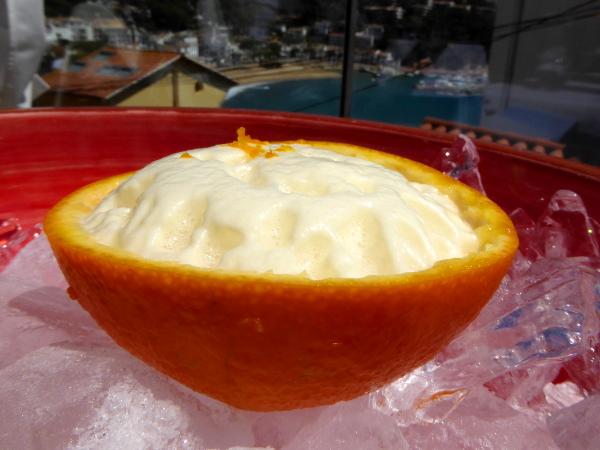 Restaurant Casamar llafranc Costa Brava Orange mit Schaum Vermut Freibeuter reisen