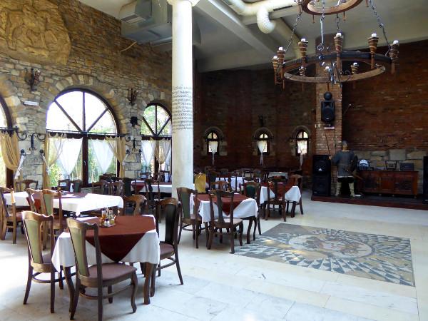 lukovit Restaurant Rodina bulgarien freibeuter reisen