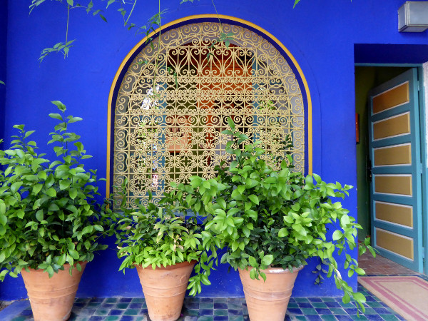 wand blau jardin majorelle freibeuter reisen