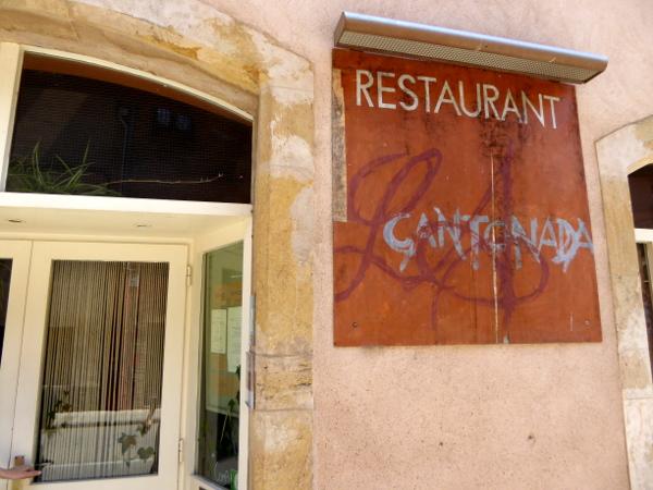 LA BISBAL EMPORDA FREIBEUTER REISEN Restaurant la cantonada