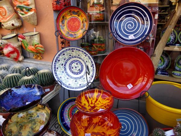 LA BISBAL EMPORDA FREIBEUTER REISEN bunte Keramik toepferwaren