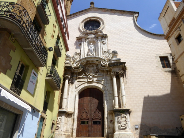 LA BISBAL EMPORDA FREIBEUTER REISEN kirche