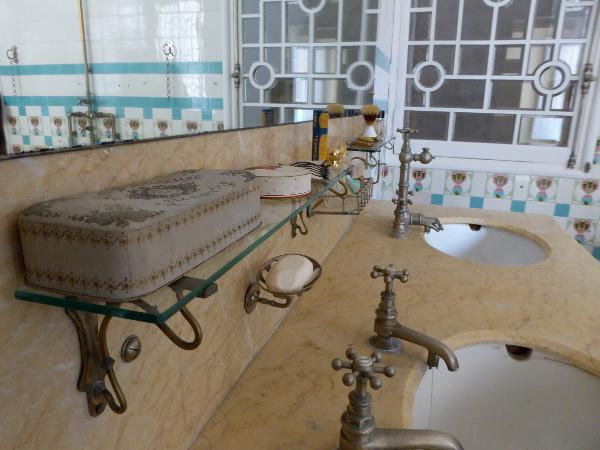 can font badezimmer armaturen modernistisch freibeuter reisen