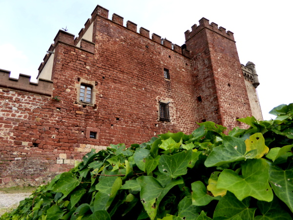 castelldefels burg bei barcelona freibeuter reisen