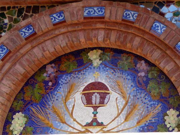 kirche sant romà detail mosaik modernistisch lloret freibeuter reisen