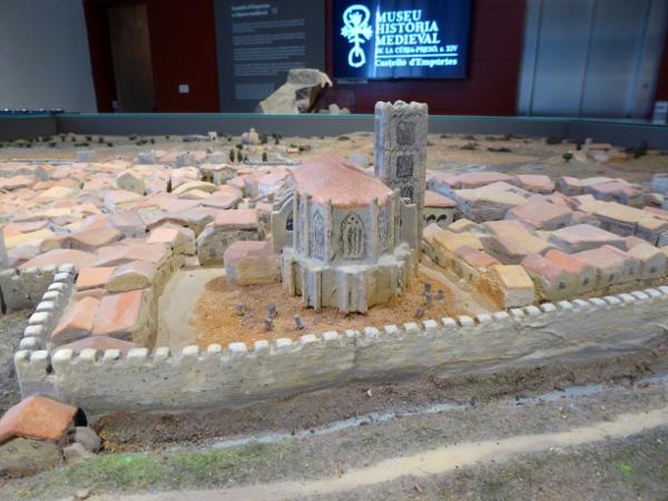 castello d empuries modell museum freibeuter reisen