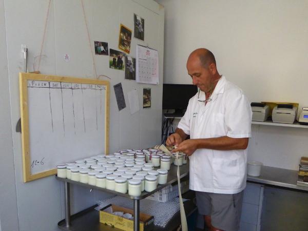 recuit de drap nuria joghurt etikettieren freibeuter reisen