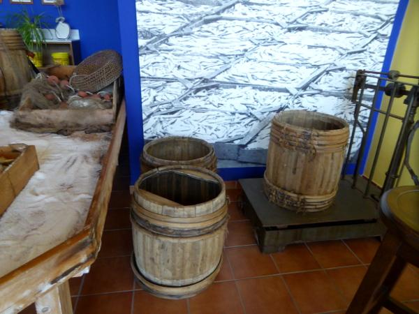 holzfass anchovis sardellen escala