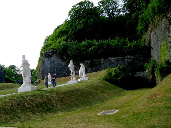 ELSASS Verdun Parkplatz Avenue de Soldat Inconnu WOMO