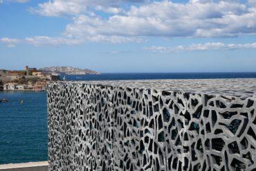 struktur beton Architektur MUCEM Marseille freibeuter reisen
