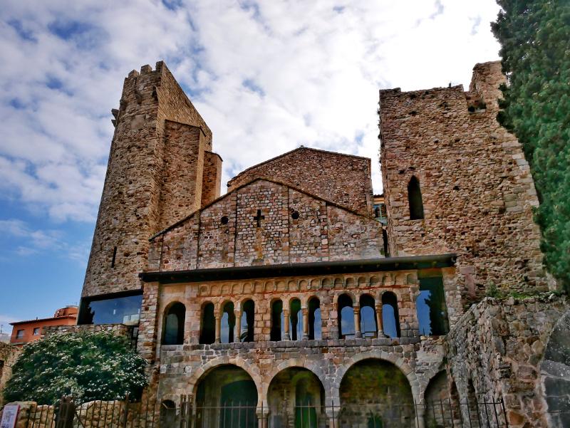 Kloster Monestir sant feliu de guixols porta ferrada freibeuter reisen
