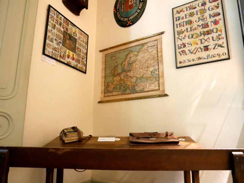 schule karten sant feliu de guixols spielzeug museum