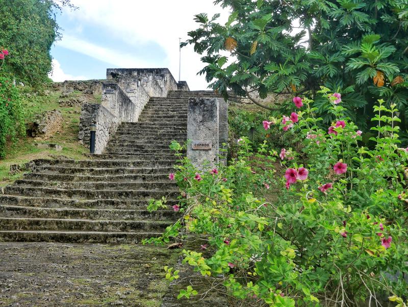 treppe der sklaven sehenswürdigkeiten auf guadeloupe