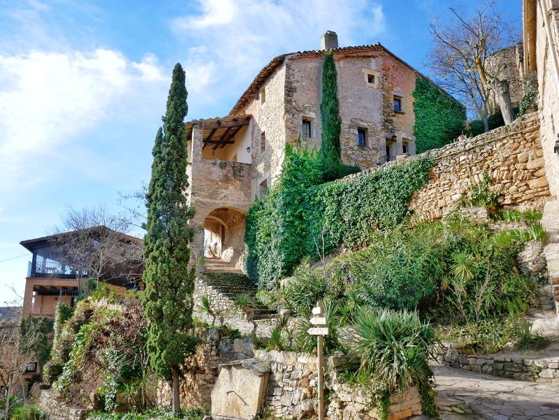 Dorf castell de montsonís