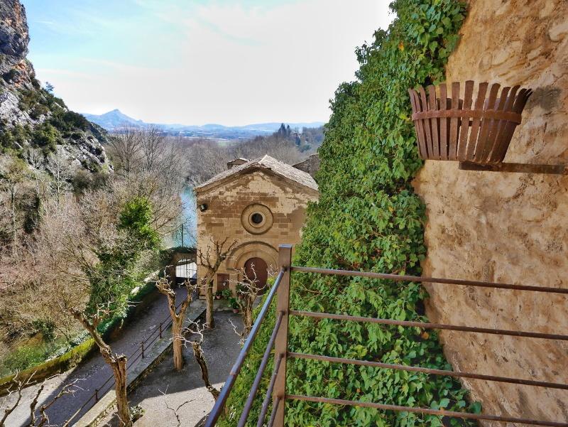 castell de montsonís klsoter aussicht