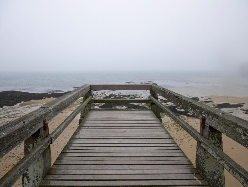 luc sur mer perlmuttkueste normandie frankreich pier