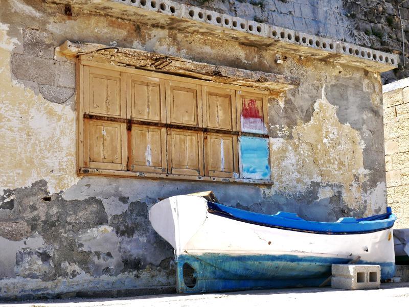 valletta malta boote hafen meer