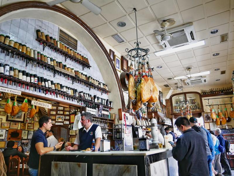Almeria Altstadt Tapas bar