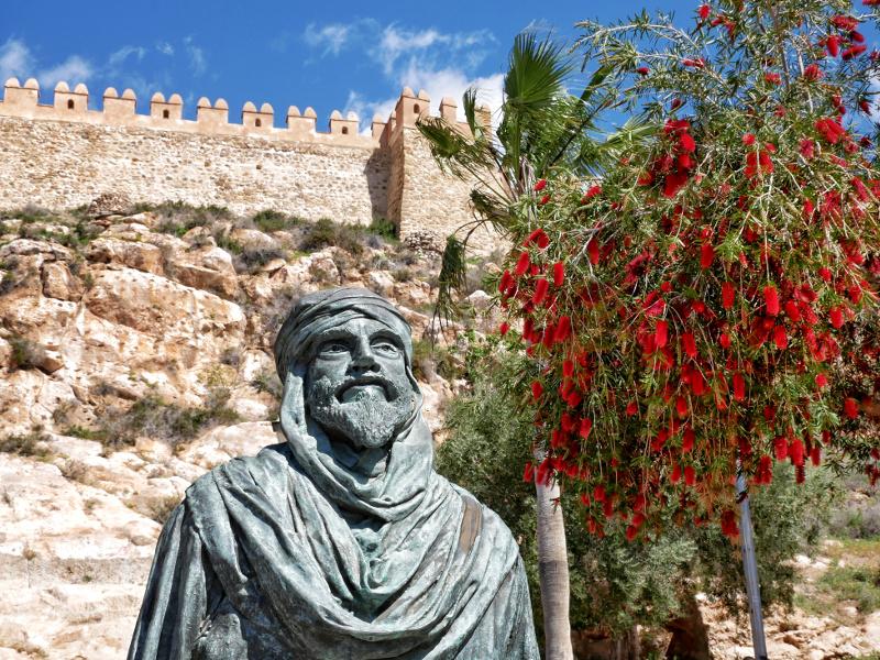 ameria statue alcazaba maurisch