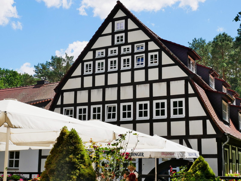 muehlrad springbach restaurant fachwerk flaeming