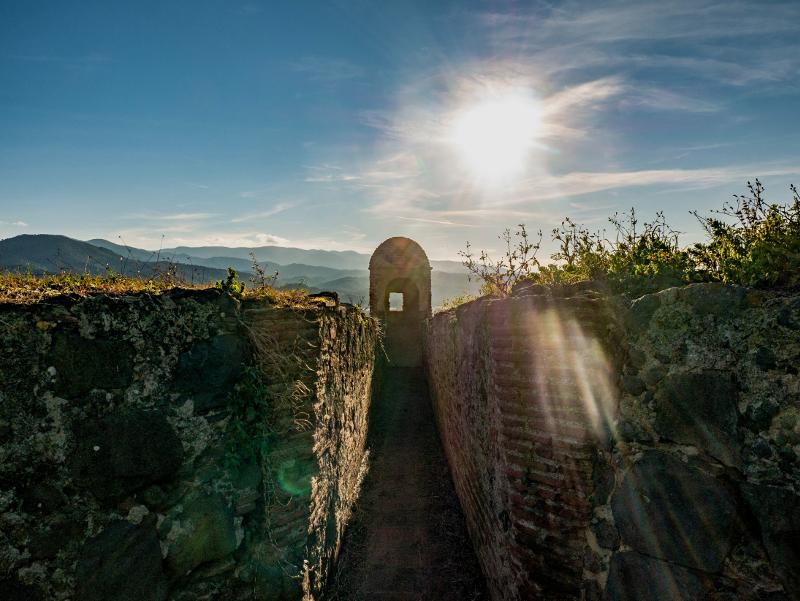 hostalric burg castell baluarte