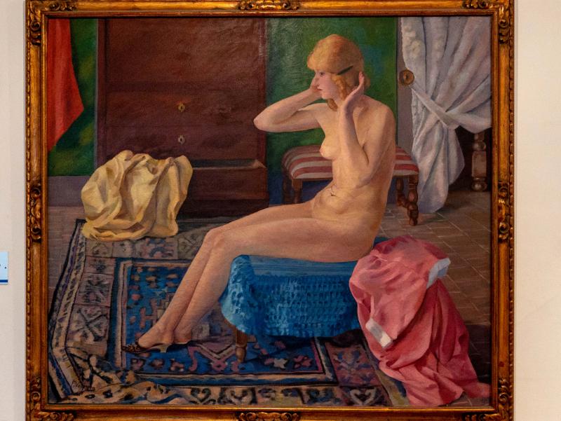 museu d art girona frau freibeuter reisen nackte frau vor dem spiegel