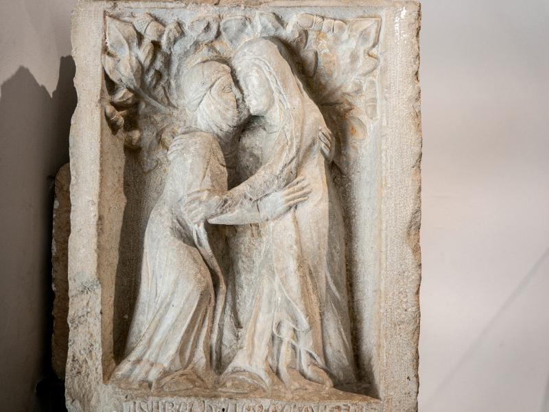museu d art girona frau freibeuter reisen nonnen Kuss